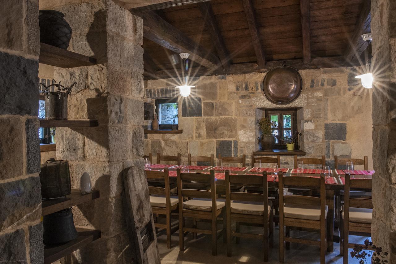 AP-DIR-SIBENIK-TAIB-Dalmatian-Ethno-Village-025-Tavern